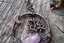 Top View of Copper Electroformed Raw Amethyst Tree Crystal Traveler Necklace